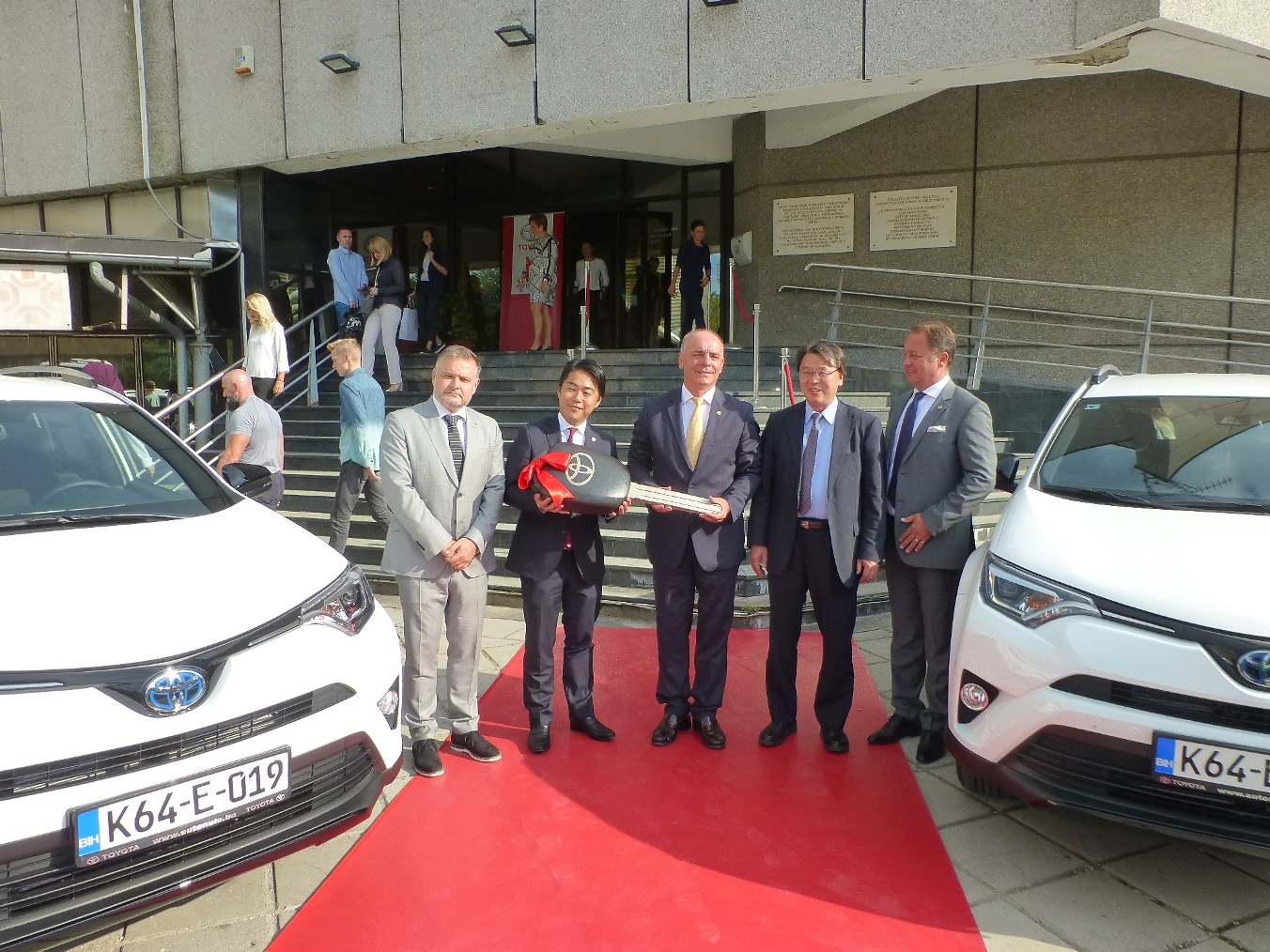 ... at the Olympic Committee, a sponsorship agreement was officially signed between Toyota BiH (Bosnia and Herzegovina representative office of Toyota Adria ...